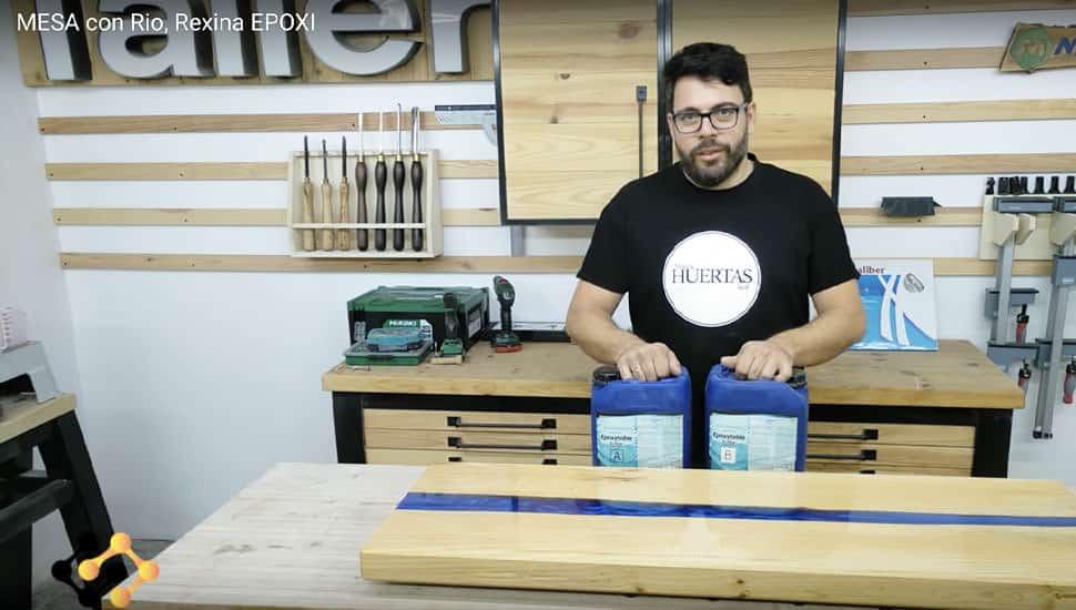 Cómo crear una mesa con efecto río en madera y resina